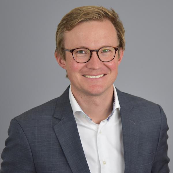 Dr. Matthias Winkenback